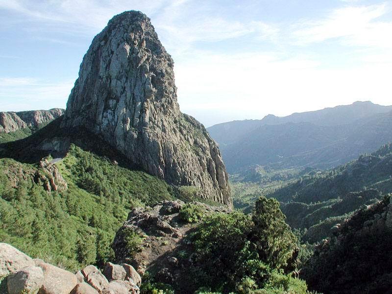 Roque de Agando en la Gomera