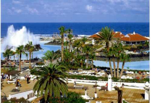 Lago martianez y playa jard n en puerto de la cruz - Coches de alquiler en puerto de la cruz tenerife ...