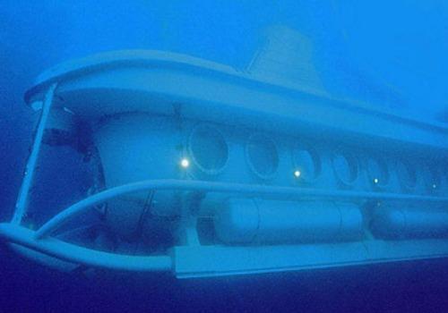 Submarine Safaris