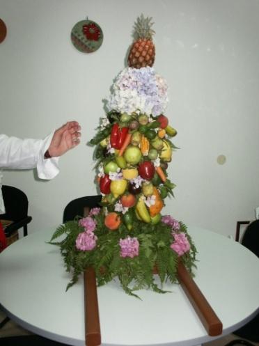 Ramo de frutas en las fiestas de Arure