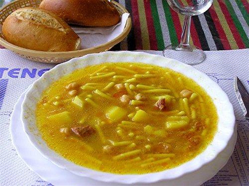 Rancho Canario, una receta de cuchara