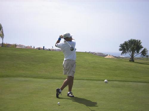 Jugar al golf en Lanzarote