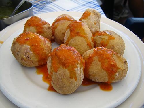 Comer en Tenerife, disfrutar sus platos típicos
