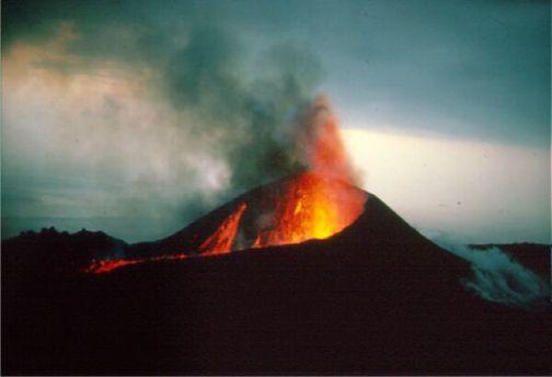 http://sobrecanarias.com/wp-content/uploads/volcan-de-teneguia.jpg